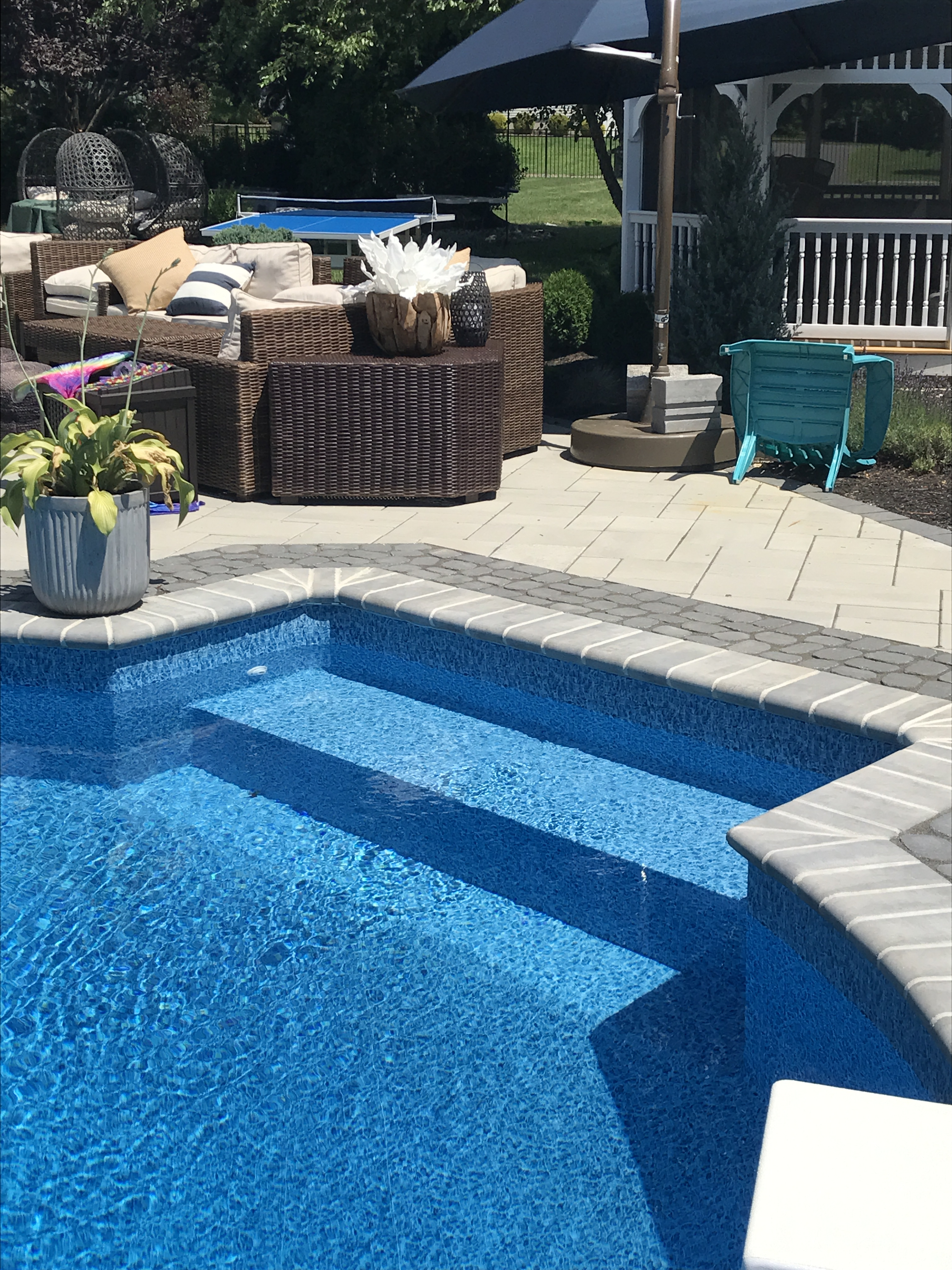 Pool Benches In Pool Seating Offshore Pools Ocean