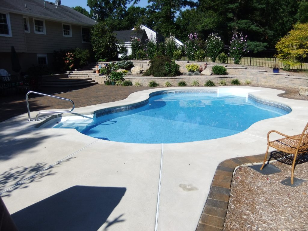Fiberglass Pool Construction | NJ Pool Builders